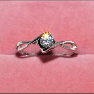 925 Silver White Gemstone Engagement Ring